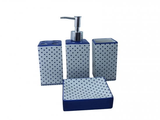 porcelain bath set with blue dots decal decoration